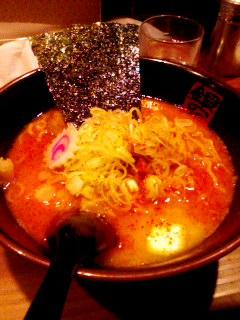 辛味噌にんにくバターラーメン.jpg